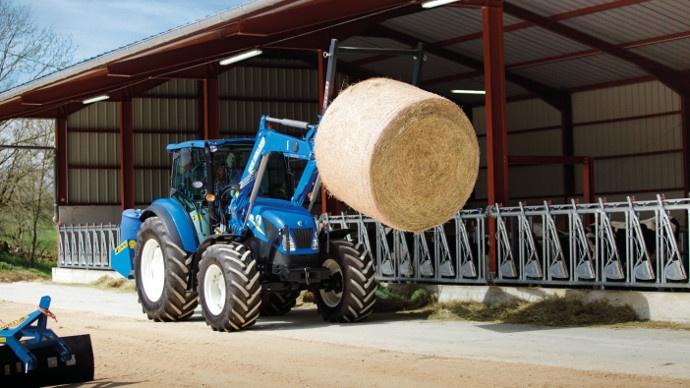 New Holland - Le pont avant SuperSteer également disponible sur les tracteurs T4