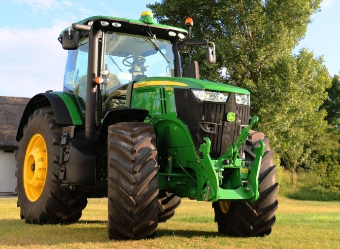 Tracteurs John Deere - Tous les modèles 7 et 8R passent au Tier 4F / Stage 4