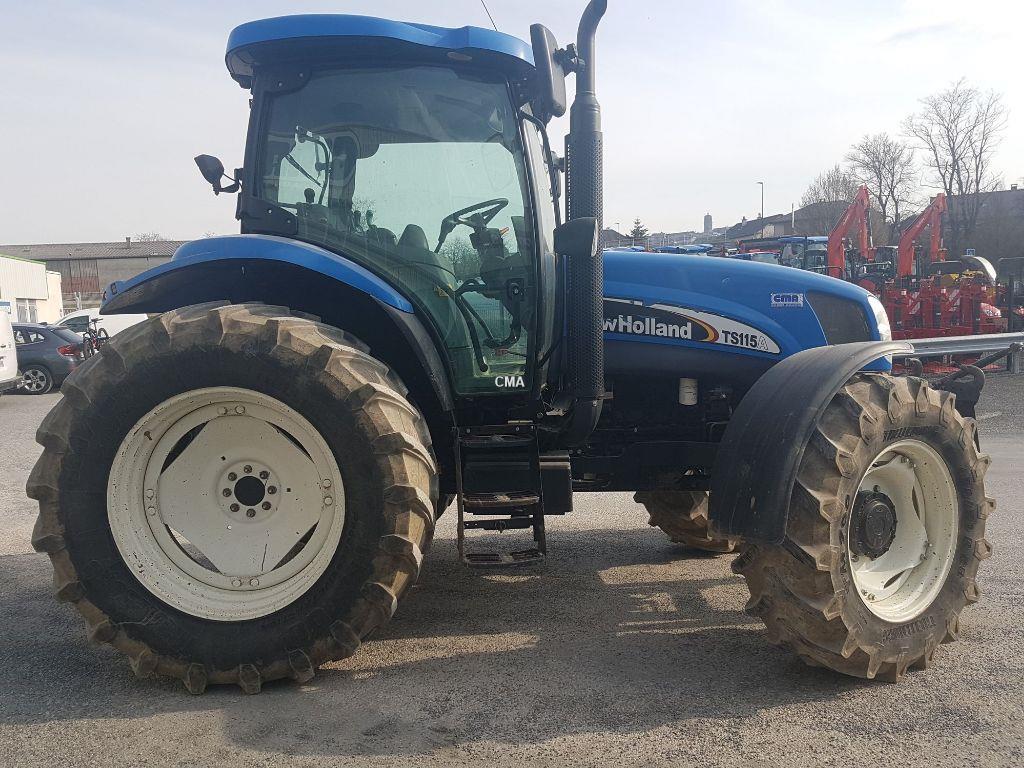 New Holland TS115A