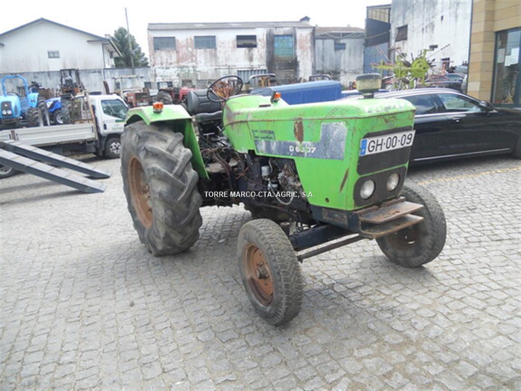 Deutz-Fahr D6807