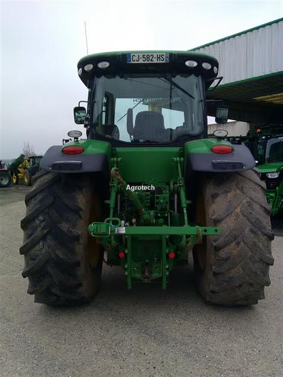 John Deere 7200 R