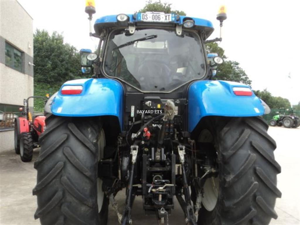 New Holland T7 - 210
