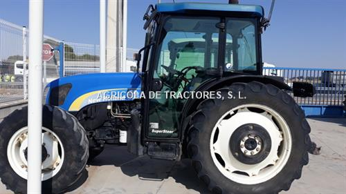 New Holland T 4050