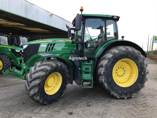 John Deere 6215 R
