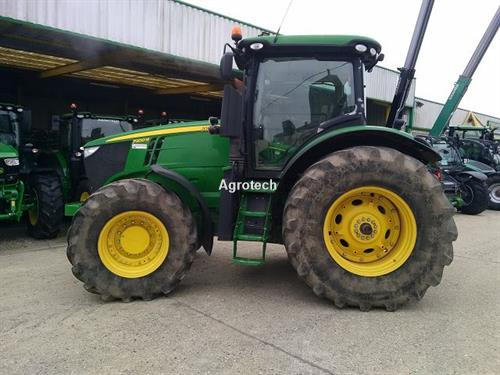 John Deere 7200 R