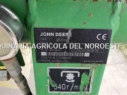 John Deere 324