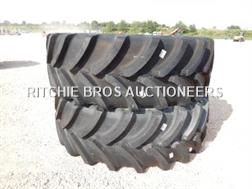Firestone 620/70R42 Qte De 2 Pneus Qty Of 2