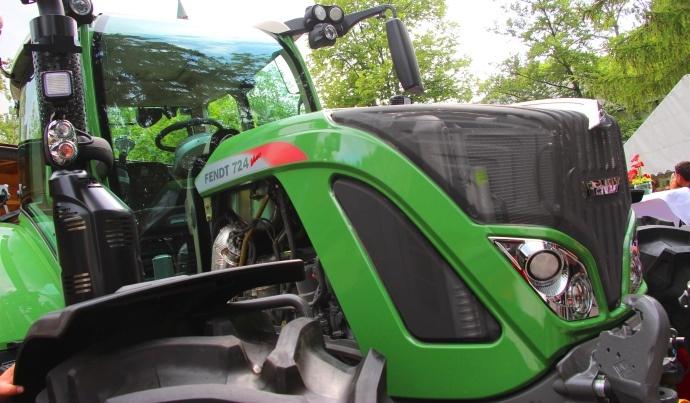 Tracteur Fendt 700 Vario S4 - Passage aux normes Stage IV et pas seulement...