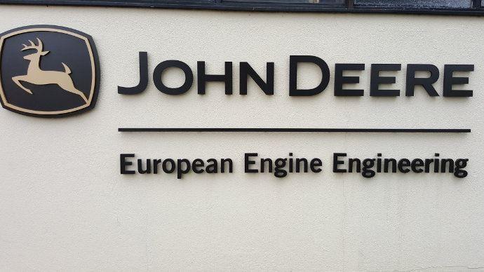 Visite d'usine moteur - John Deere Power System, le Made in France de l'Américain