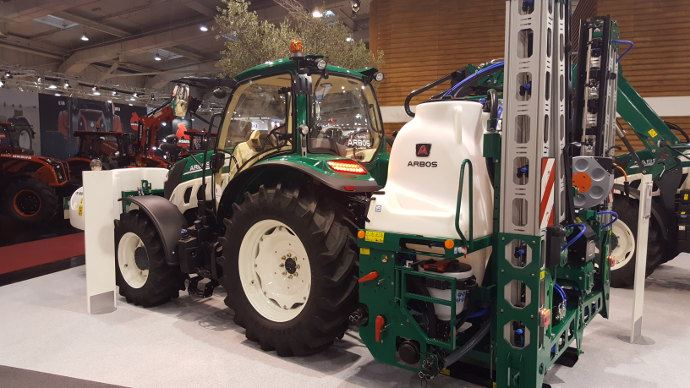 Arbos - Le tractoriste chinois qui veut concurrencer John Deere?