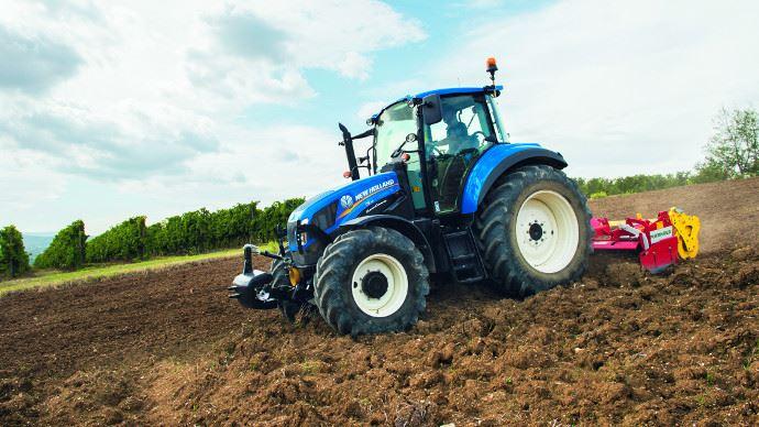 La cote agricole d'occasion tracteur - New Holland T5.95: une cabine conçue autour de l'opérateur