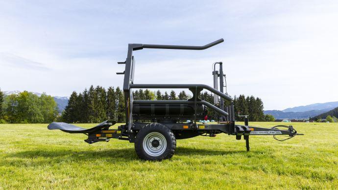 Agritechnica - Simplicité et robustesse pour la première enrubanneuse traînée Massey Ferguson