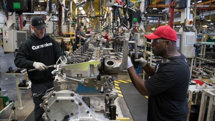 Fournisseurs de moteurs - Cummins distingué au programme Achieving Excellence de John Deere