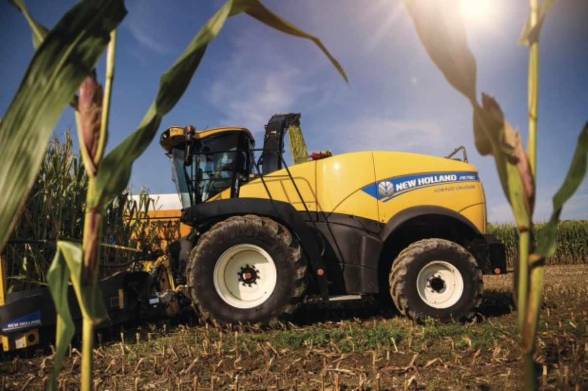NEW HOLLAND - FR 780